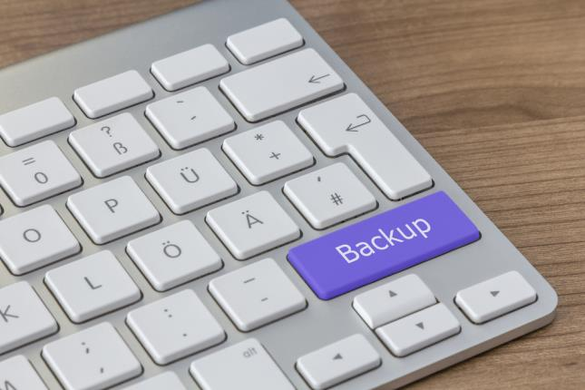 Top 5 Must-Haves for Effective Computer Backup